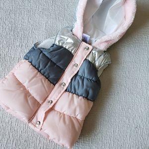 NWOT 🌸 Little Lass Puff Vest Pink Grey Silver 2T